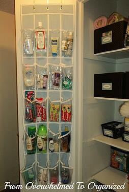 Toiletries-organizer