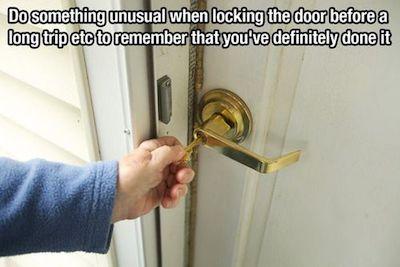 reminder-to-lock-door