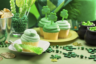 Hosting-a-St-Patricks-Party-in-Your-Apartment