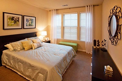 Stone-Oak-Village-Bedroom