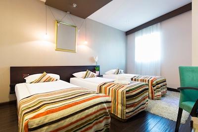 Choose-Between-2-and-3-Bedroom-Apartment.jpg