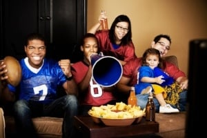 Guide to Organizing a Family-Friendly Football Party