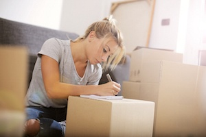 Tips for Giving Notice That You Are Moving